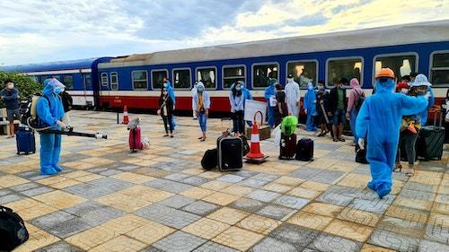 Hơn 800 công dân Hà Tĩnh từ TP HCM đã về đến quê nhà